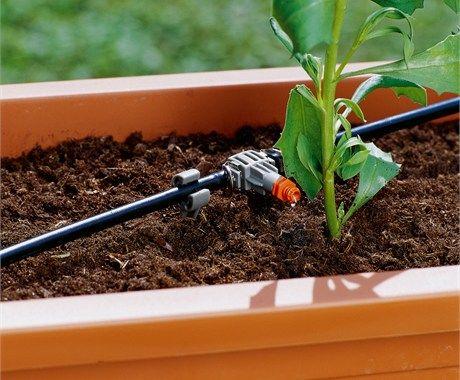 zavlažovanie črepníkov gardena